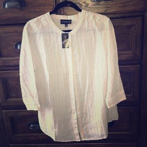 NWT Lane Bryant button down beige  top...14/16.🌸